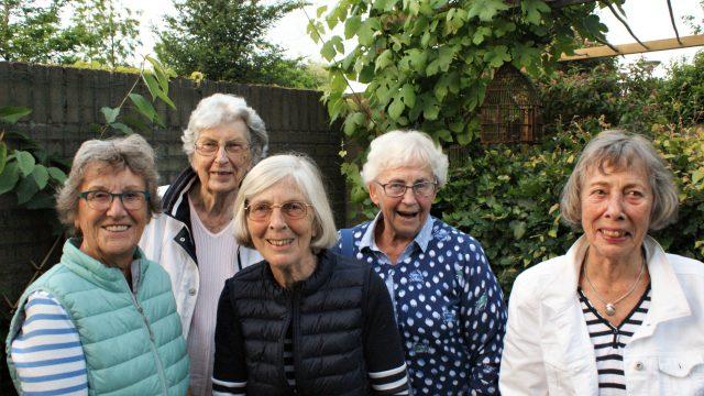 5 moeders over 50 jaar Van Speykkade