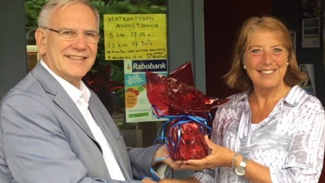 Sokkerwei in actie voor Hanukkah Children's Home